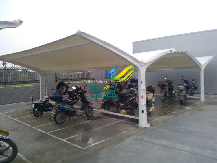 青浦带充电插座的电动车停车棚设.图片