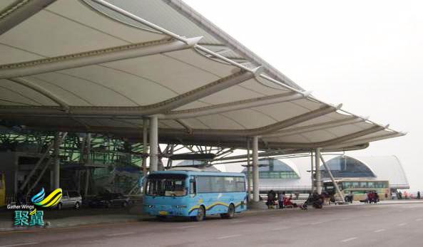 上海大巴旅游车站膜结构遮阳棚_膜结构车棚面料批发