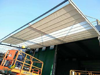 电动伸缩篷增加扩展空间-电动伸缩篷制作安装及特点