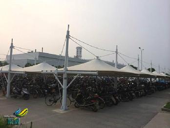 自行车棚遮阳棚让环境绿色起来*自行车棚遮阳棚的优点