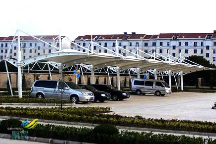 上海安亭膜结构车棚有关停放标准及膜结构车棚轻便性