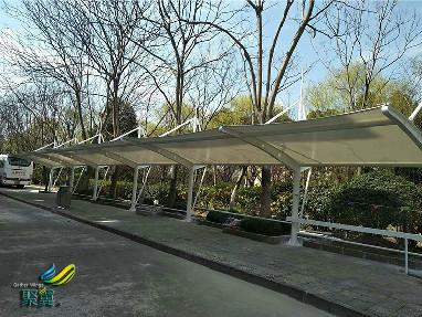 上海松江外国语学校膜结构车棚耐腐蚀 膜结构车棚造型美观