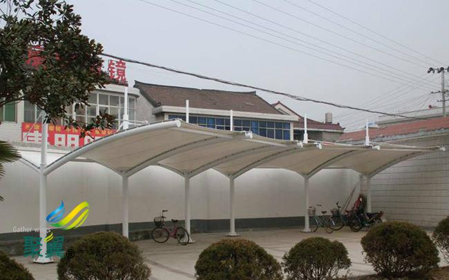 膜结构车棚商业引流|膜结构车棚框架除锈