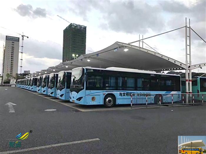 江苏大巴车露天停车棚基础设计图片